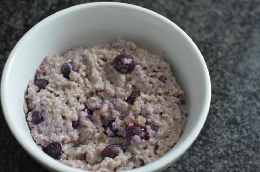 Blueberry-Walnut Steel-Cut Oats